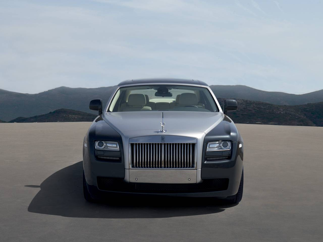 Rolls-Royce Ghost 01