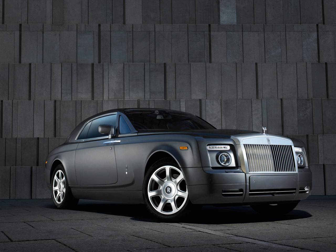 Rolls-Royce Ghost 04